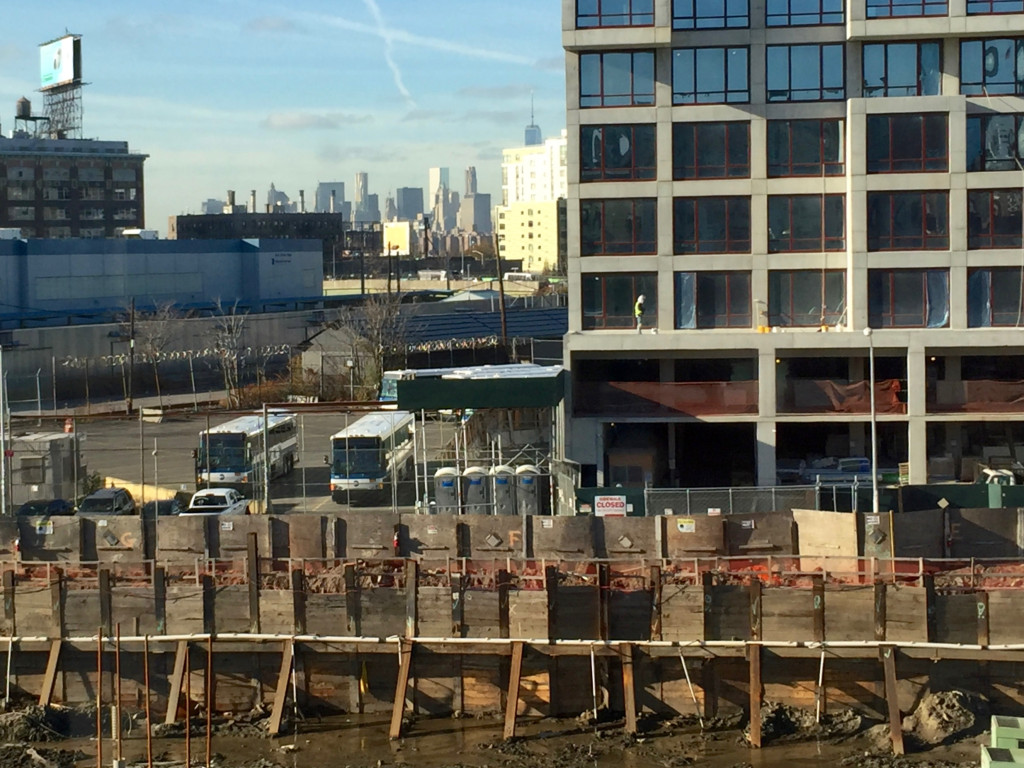 In Long Island City Real Estate Thrives on Dystopia